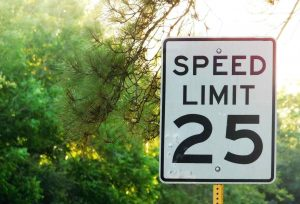 speed limit sign for 25 mph